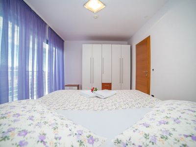 Photo for Luxury One Bedroom Apartment in Makarska A3