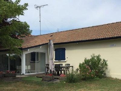 Photo for Gite Sainte-Eulalie-en-Born, 2 bedrooms, 4 persons