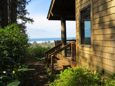 Photo for Ocean View OASIS Private Retreat. Luxury and Quality! Sleeps 4.