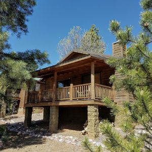 Photo for Cool Breeze Cabin in Bison Ridge easy access to National Forest