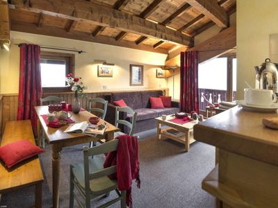 Photo for 5 bedroom Apartment, sleeps 10 in Tignes with Pool and WiFi