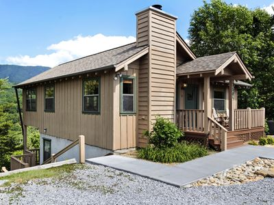 Photo for Valley-view cabin w/ Jacuzzi tub & covered deck for outdoor entertainment!