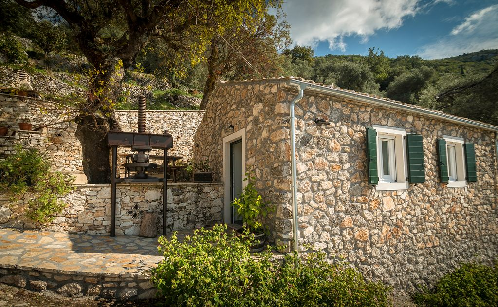Charming And Traditional Small Stone House Corfu