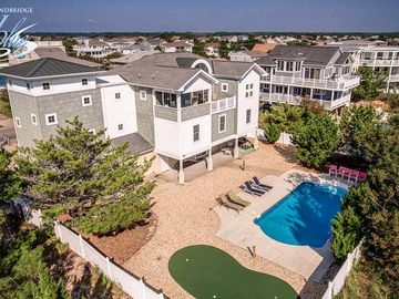 Galaxsea: 8 BR / 6 BA house in Virginia Beach, Sleeps 20