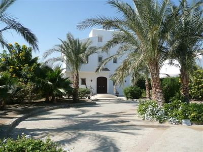 Photo for Luxury Detached Villa with Private heated Pool on The Red Sea, El Gouna, Egypt