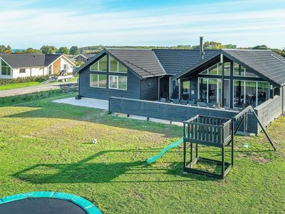 Photo for Luxurious Holiday Home in Funen with Swimming Pool