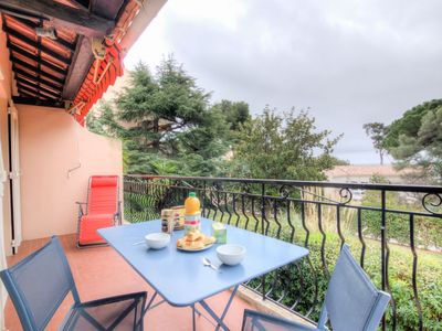Photo for Apartment Beau Rivage in Carqueiranne - 4 persons, 1 bedrooms