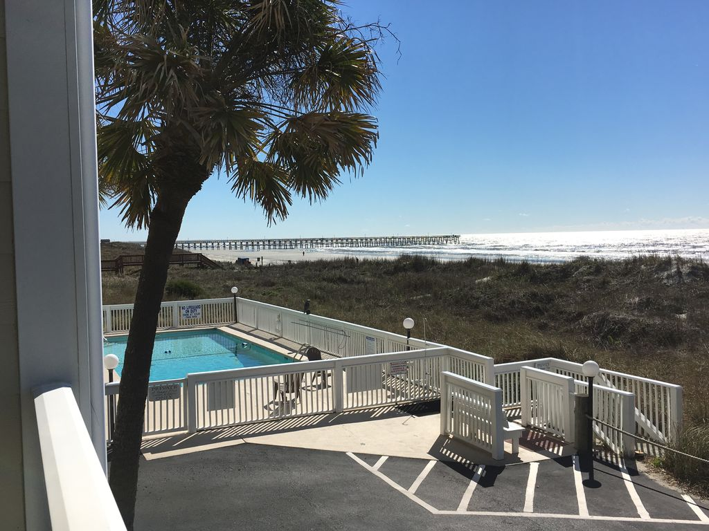 2 Bedroom Oceanfront Condo Pet Friendly Outdoor Swimming Pool Wifi Cherry Grove Beach