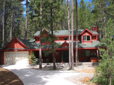 Photo for New luxury 2000 sf cabin with 2 car garage walk to lake min from Heavenly/casino