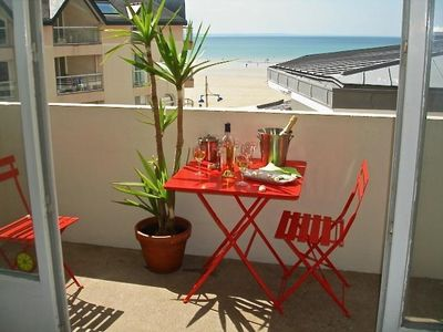 Photo for APARTMENT RESIDENTIAL FACING THE SEA (Internet, wifi)