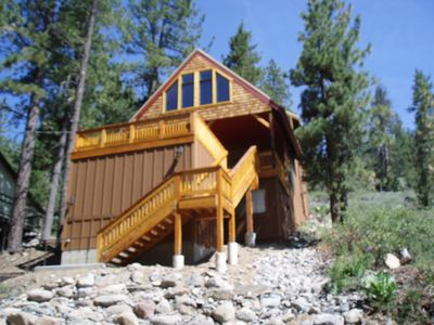 Photo for 4 bedroom, 2 bath, sleeps 10. North Shore of Donner Lake DLR#039
