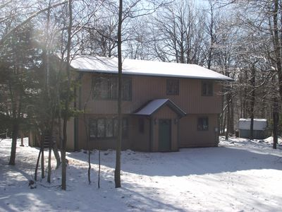Photo for Big Boulder Pet Friendly 6 Bedroom Cabin with Hot Tub