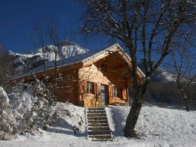 Photo for Superb solid wood chalet close to the slopes and caskets Park