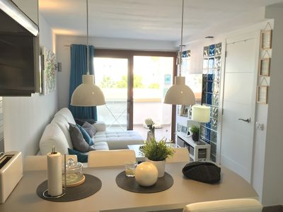 """Photo for Beautiful and luminous apartment """"Ocean Viex Deluxe - Windsor Park"""" with shared pool and private terrace. Wifi available."""