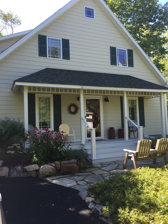 Charming 3 Bedroom 2 Bath House Nestled Off Beaten Path  The ChaseHouse  sits on a naturally landscaped lot with off street parking CHASEHOUSE  Charming 3 Bedroom 2 Bath    HomeAway Otter Creek. 3 Bedroom 2 Bath House. Home Design Ideas