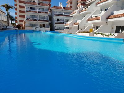 Photo for Apartment Las Flores close to beach and sea, heated pool, balcony, Wifi,SAT-TV