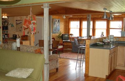 Photo for Cozy Waterfront Cabin