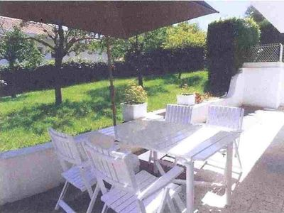 Photo for Nice apartment with garden in residential area in Biarritz