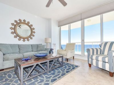 Incredible Two Oceanfront Master Bedrooms Newly Updated Coastal Theme Free Beach Service Destin Download Free Architecture Designs Scobabritishbridgeorg