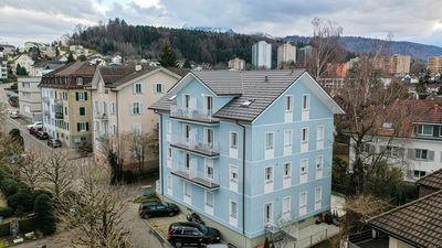 Photo for NEWLY RENOVATED 3.5 ROOM APARTMENT IN THE HEART OF LUCERNE