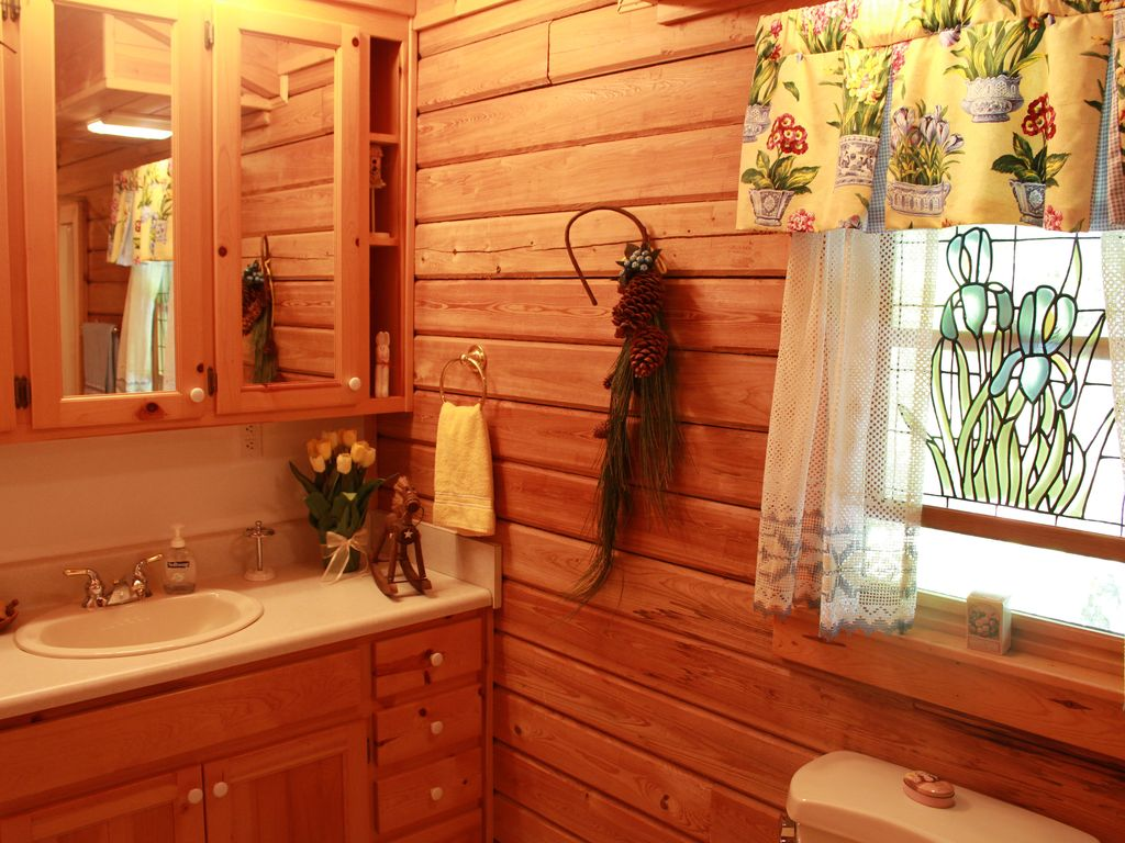 Property Image#22 Beautifully Furnished Cabin In Pine Mountain Near  Callaway Gardens And F.D.R.