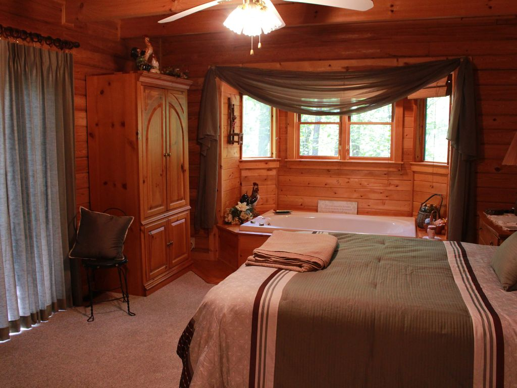 Superior Property Image#12 Beautifully Furnished Cabin In Pine Mountain Near  Callaway Gardens And F.D.R.