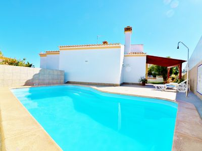 Photo for Villa NACY comfortable homely Villa close to Albufeira with a private pool & Wif