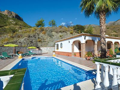 Photo for Secluded Villa w/pool & modern conveniences, a short drive to amenities