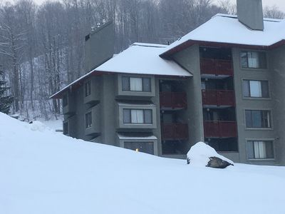 Photo for Sunrise-Ski in/ski out just steps away from the the Sunrise Triple and rec ctr.