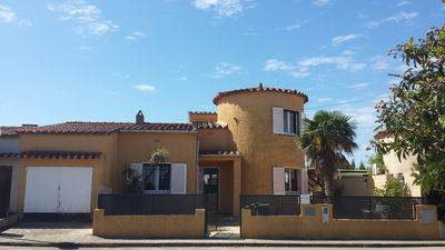 Photo for HOUSE VILLA COSTA BRAVA 4 bedrooms quiet close to the Sea Pool tennis Garage