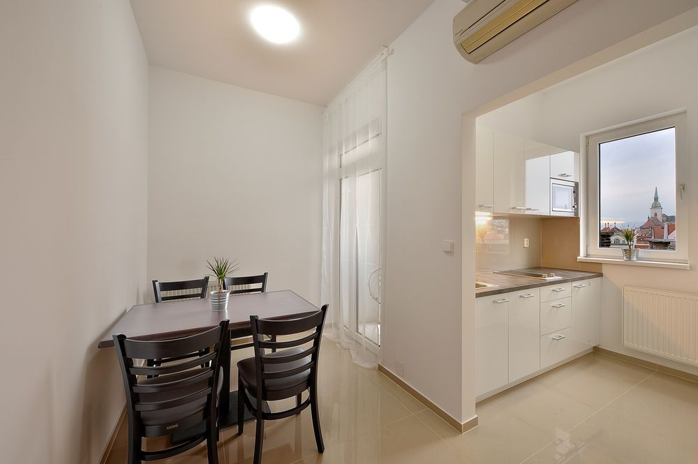 Ambiente Serviced Apartments-NamestieSNP Photo 1