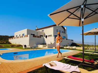 Photo for Villa, Choudetsi  in Kreta - 12 persons, 6 bedrooms