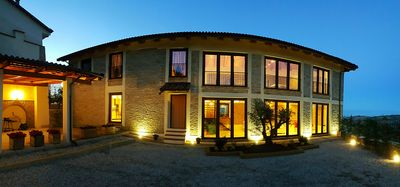 Photo for ALBA LANGHE MANGO UNESCO HOLIDAY HOME WHOLE HOLIDAY HOME WIFI FREE