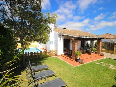 Photo for 3 bedroom home for 6 persons near Fuente del Gallo/Conil, with private pool and garden, only 800m to the beaches, with Wifi