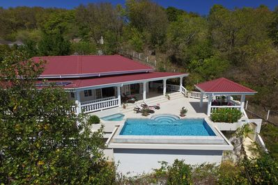 Whispers Villa, Bequia - Looking towards the pool deck