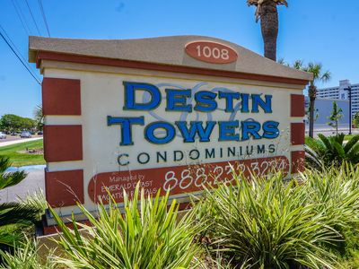 Photo for Destin Towers:Available August 24-31 & Oct. 19-Dec. 1 -Middle Unit On The Beach!