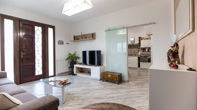 Photo for New villa with 8 beds, with garden and 2 parking spaces 4 km from the sea