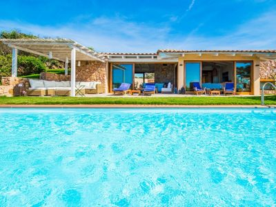 Photo for 6 bedroom Villa, sleeps 8 with Pool and FREE WiFi