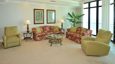 Photo for *FREE Nights!* Click for Savings! 6th Floor! Phoenix West 3BR!