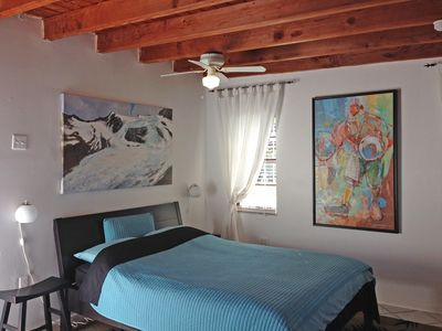 Photo for Relaxing retreat in central Miami