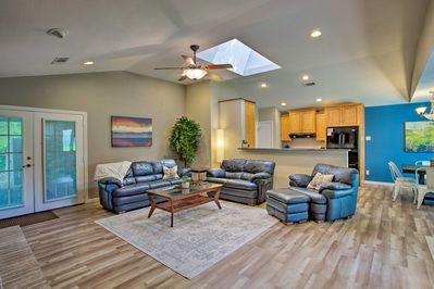 Bring your travel group of 8 to stay at this Richardson vacation rental house.