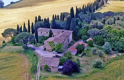Photo for Nice apartment in typical Tuscan country house