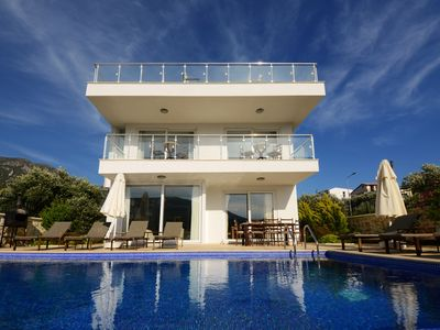 Photo for Four Bedroom Villa with Private Pool, within Easy Walking Distance to the Centre