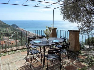 Photo for 2 bedroom Villa, sleeps 6 in Varigotti with WiFi