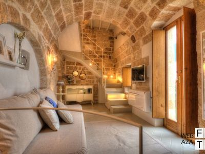 Photo for Beautiful apartment in the heart of the old town - Guest House Polignano a Mare - Appartamento 03