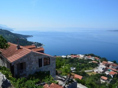 Photo for 2BR Apartment Vacation Rental in Split-Dalmatia County, Op?ina Brela