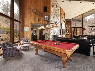 Photo for Hawks View: Private! Close to Village! Pool Table! Indoor Hot Tub! Fireplace! Cable TV!
