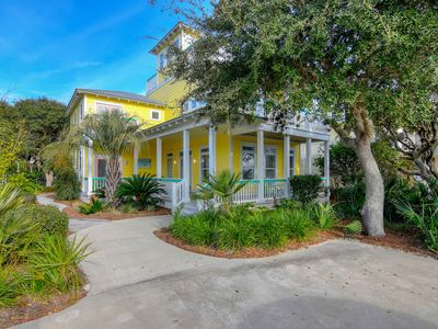 Photo for Gulf view home w/ private heated pool & decks - 500 feet to the beach!