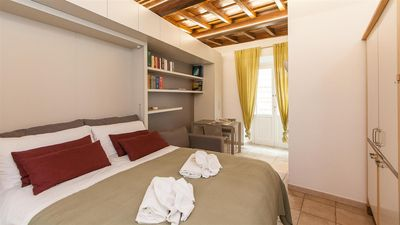Photo for Calderari Studio 2129 apartment in Centro Storico with air conditioning.