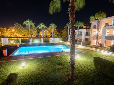 Photo for Apartment Seasons Vilamoura in Vilamoura - 4 persons, 2 bedrooms